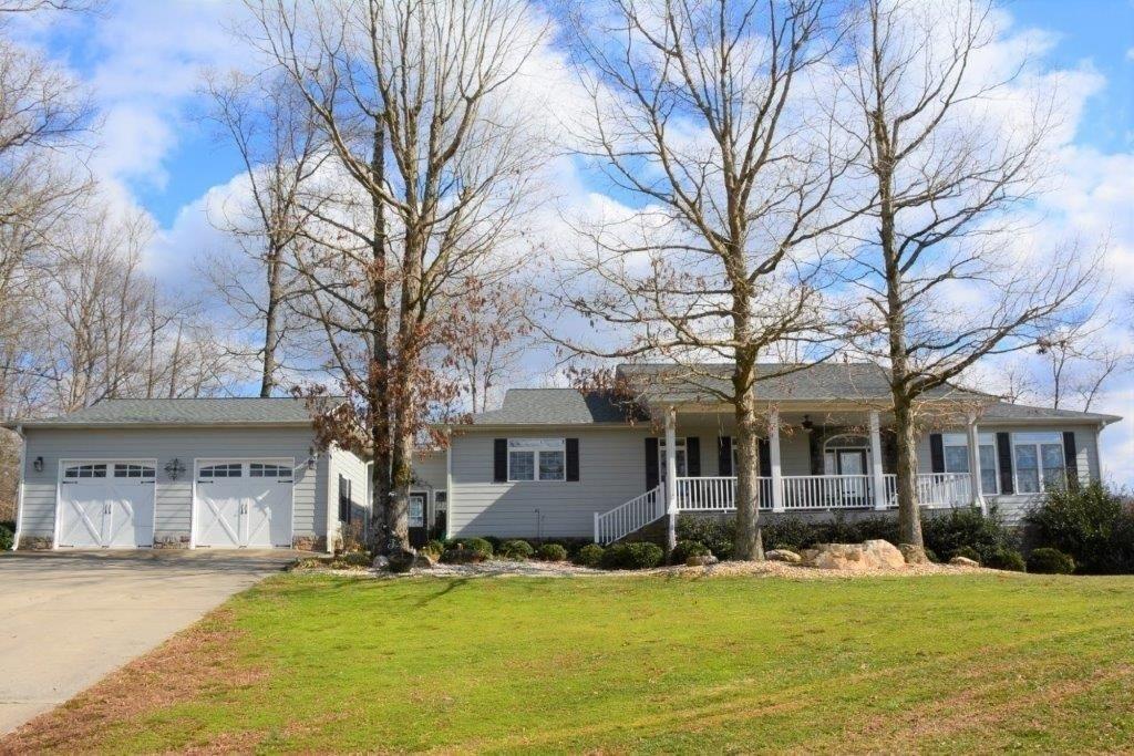 4912 Clear Creek Road Property Photo