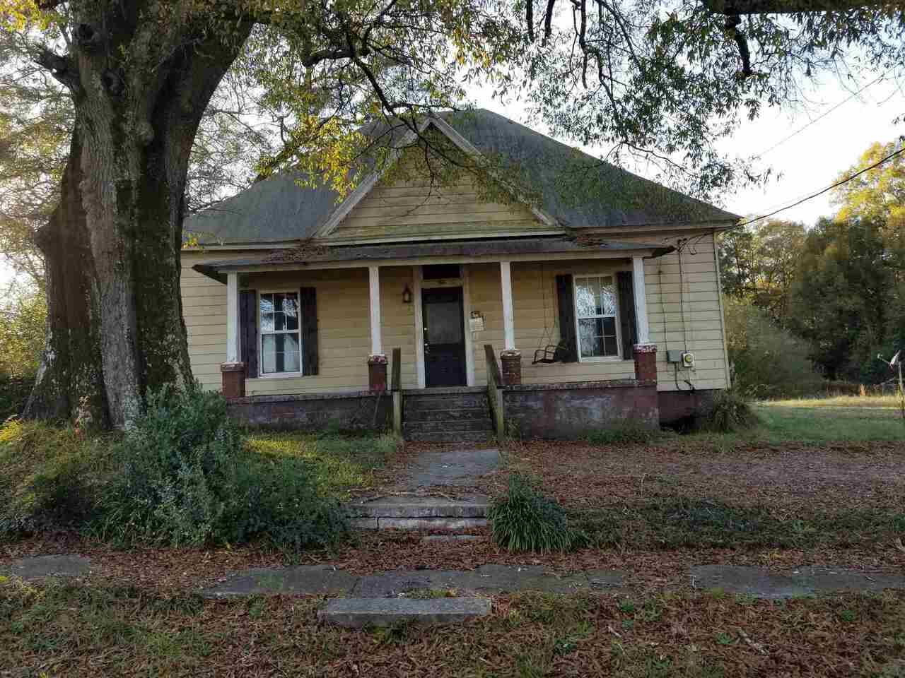 132 Sardis Street Property Photo