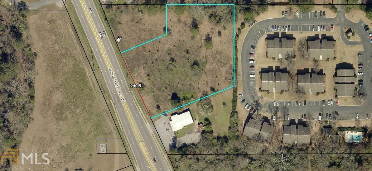 710 S Houston Lake Property Photo