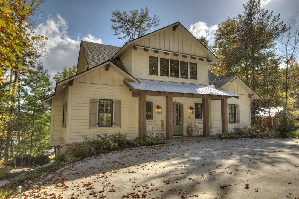 662 Eaton Road Property Photo