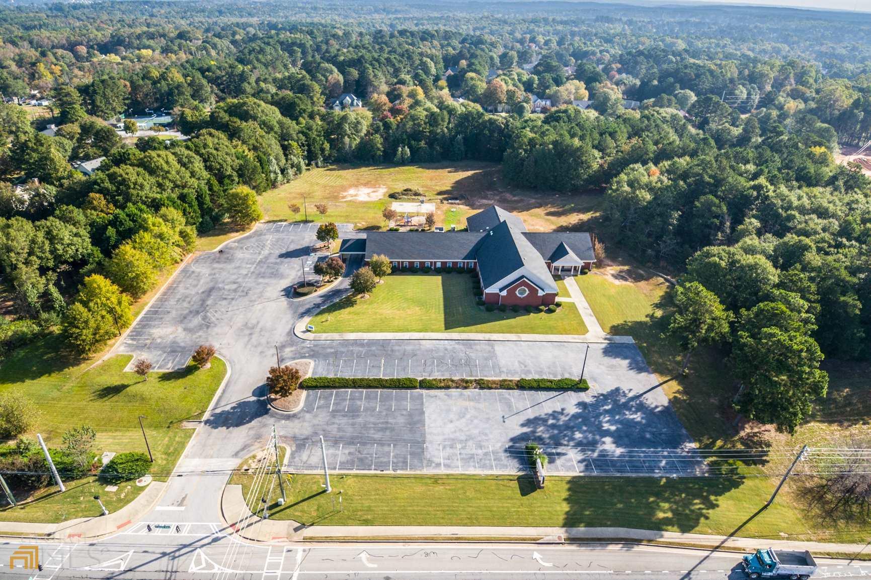 1400 Grayson Highway Property Photo
