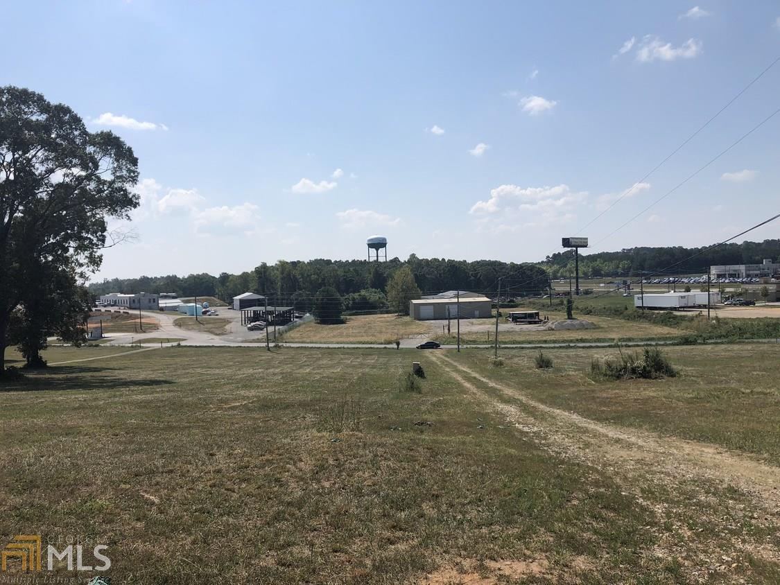 3264 Camp Road Property Photo