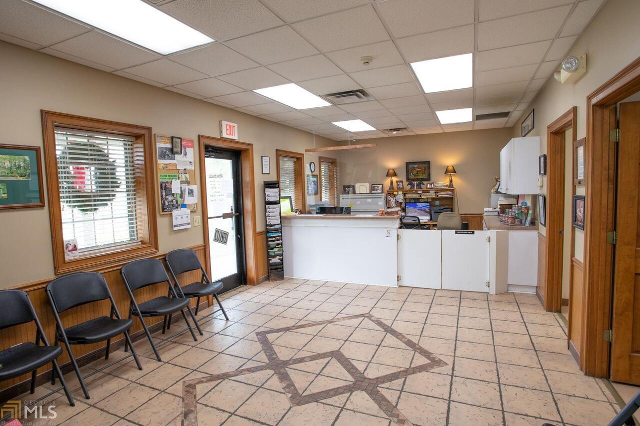 715 W Ogeechee Street Property Photo 10