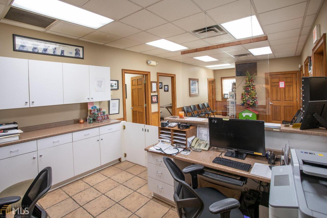 715 W Ogeechee Street Property Photo 12