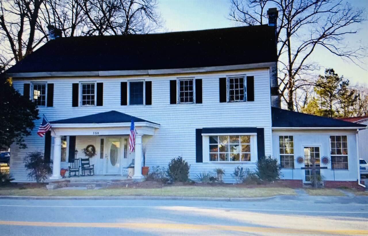 158 Main Street Property Photo