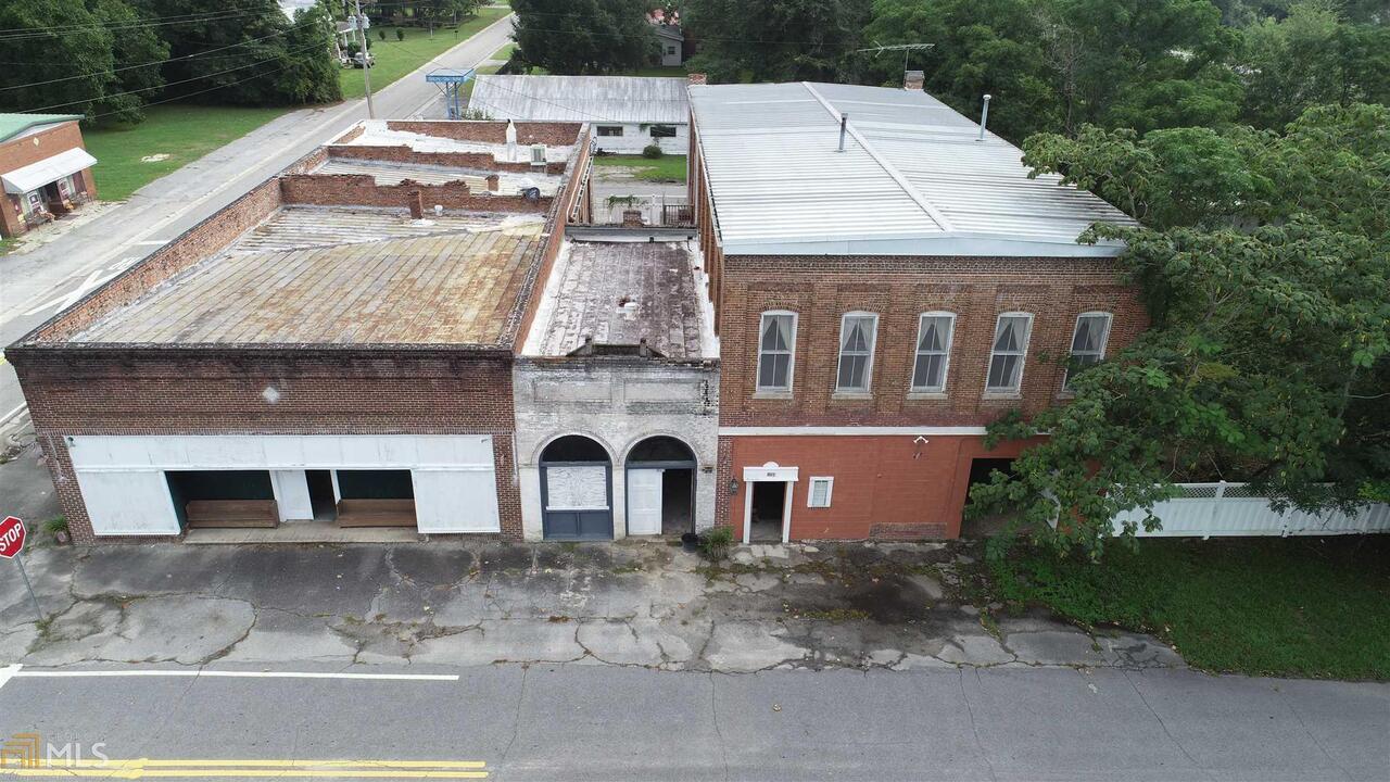 151 Main Street Property Photo 2