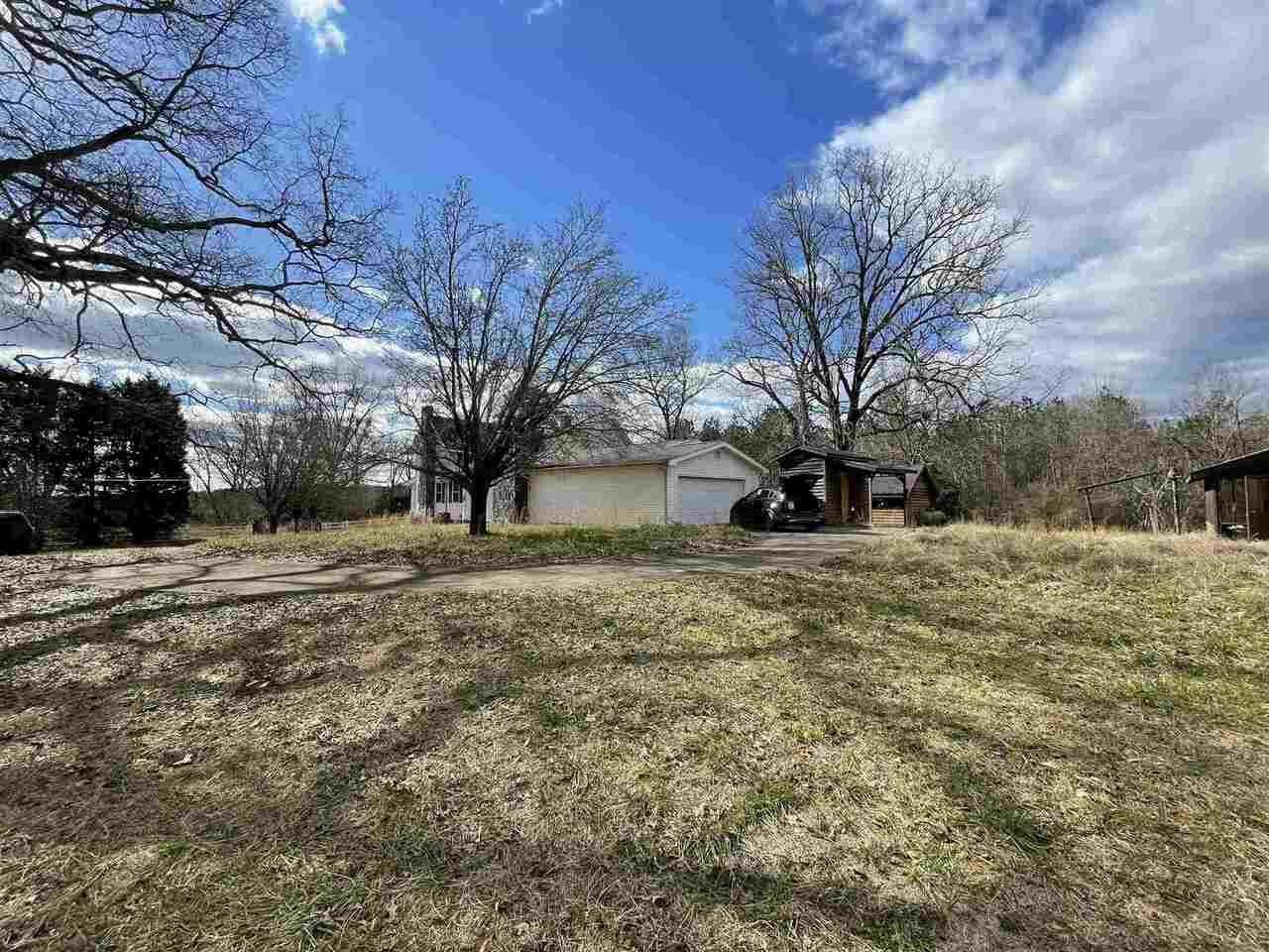 424 English Road Property Photo 8