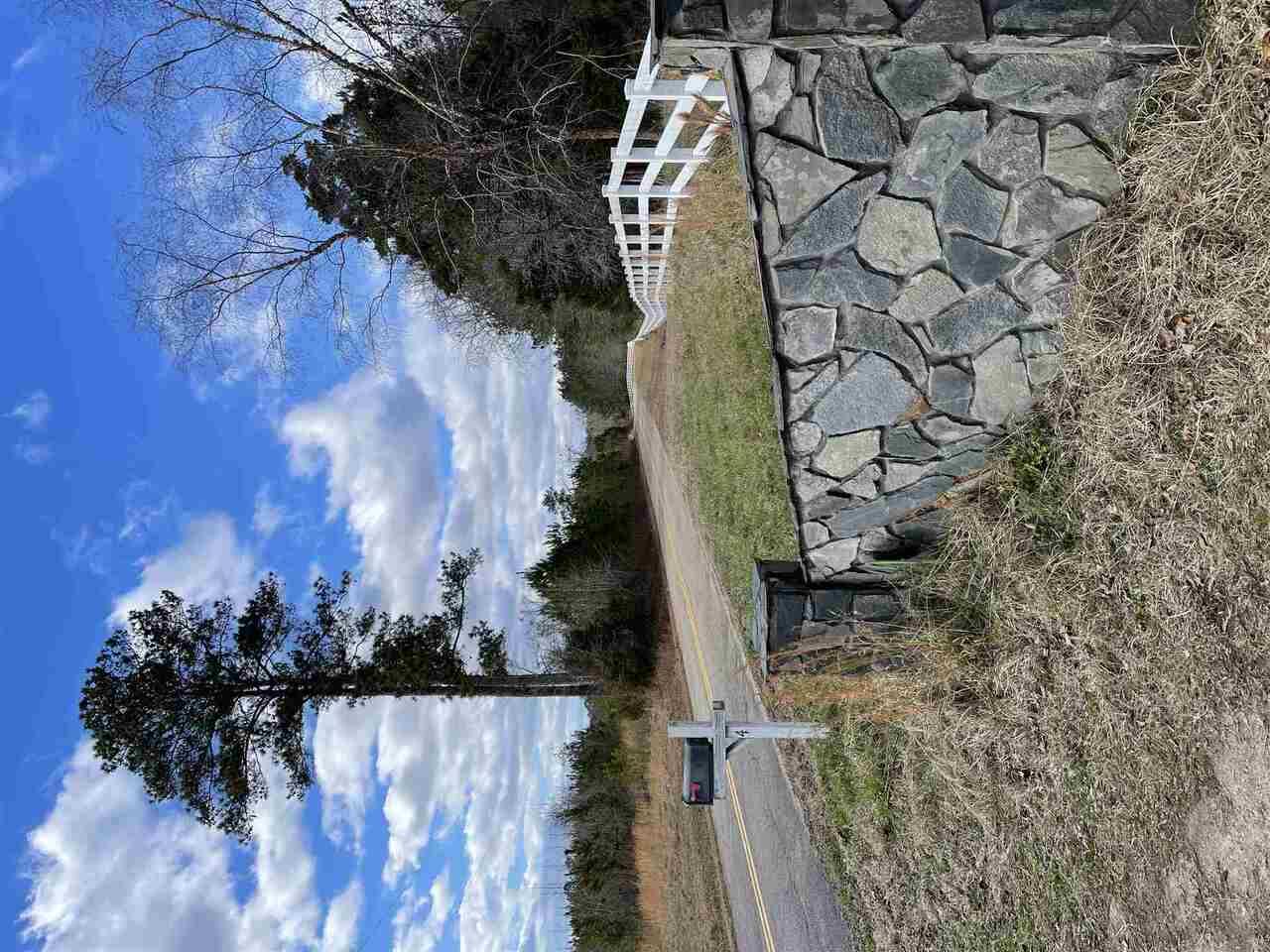 424 English Road Property Photo 38