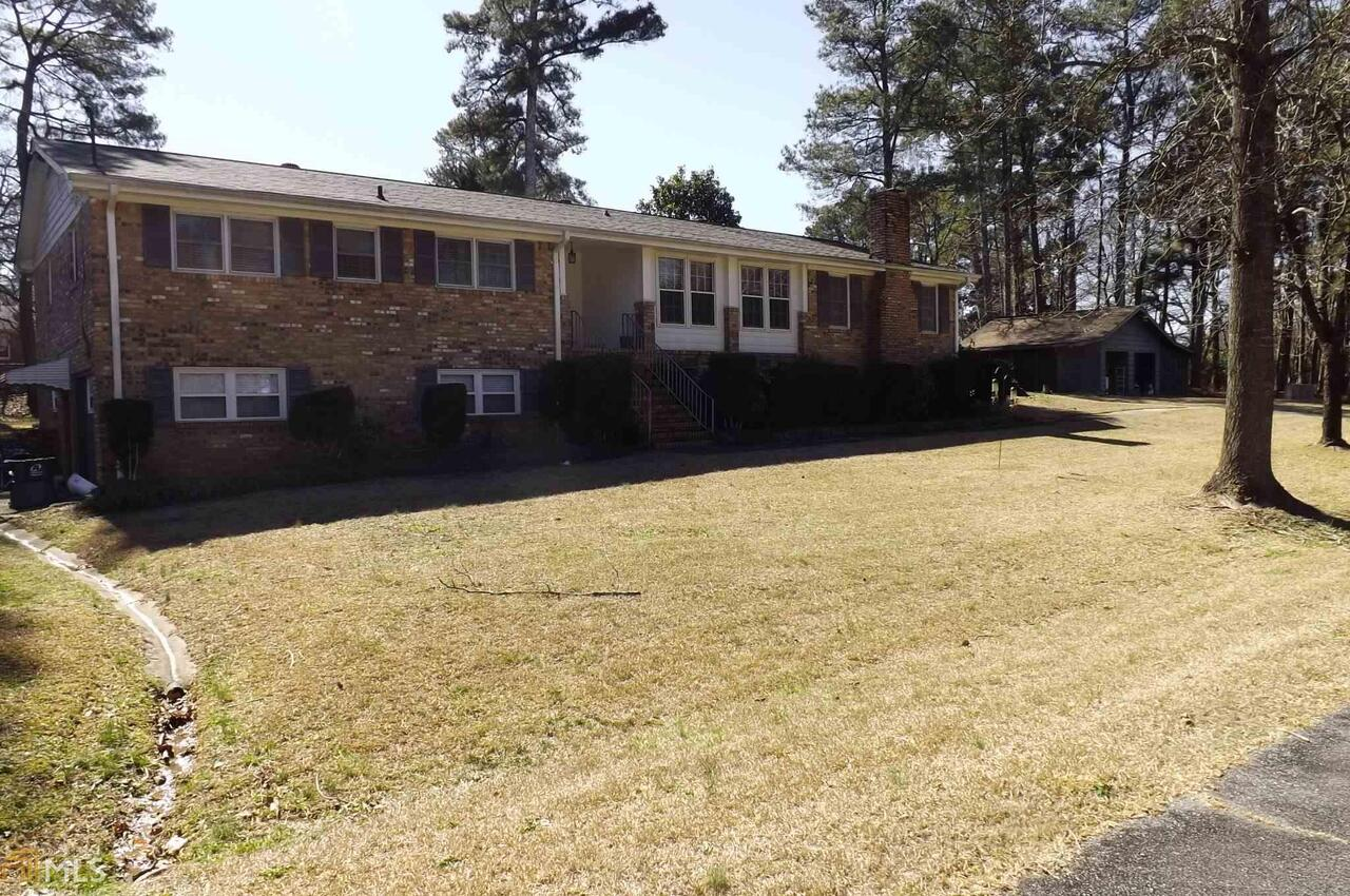 205 Forest Way Property Photo