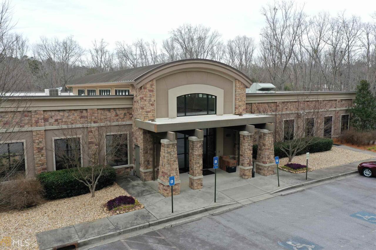 4511 Cole Road Property Photo