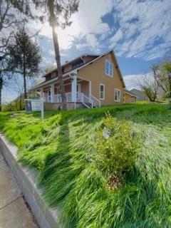 511 School Street Property Photo