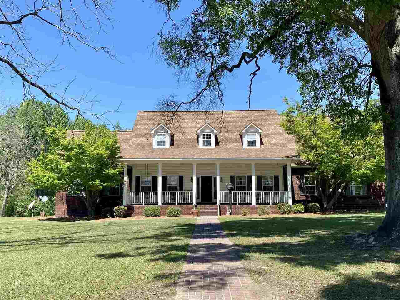 652 Pecan Lane Property Photo