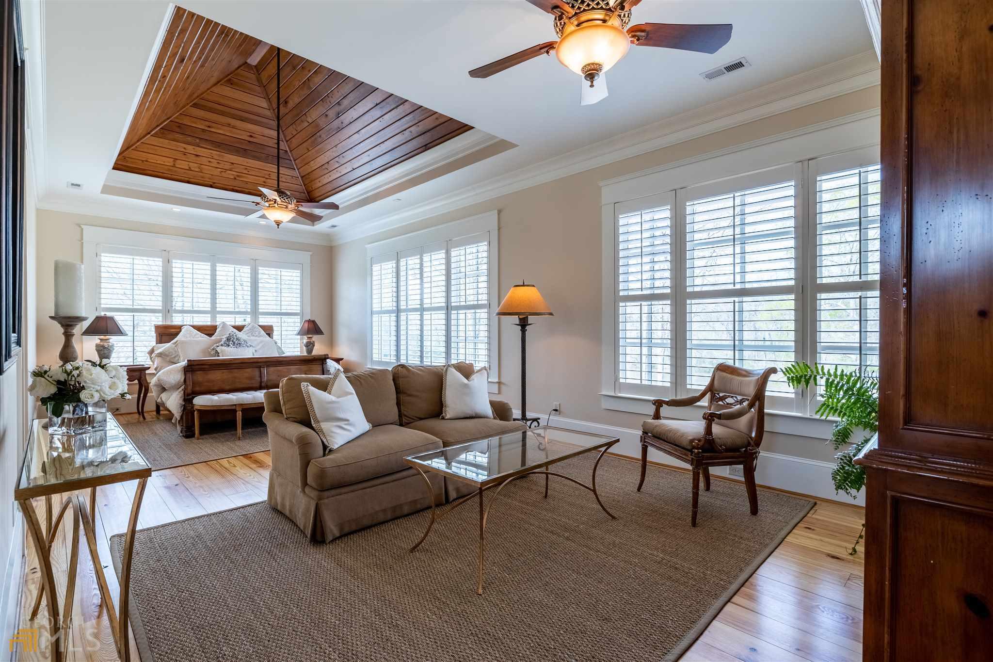 525 North River Road Property Photo 31