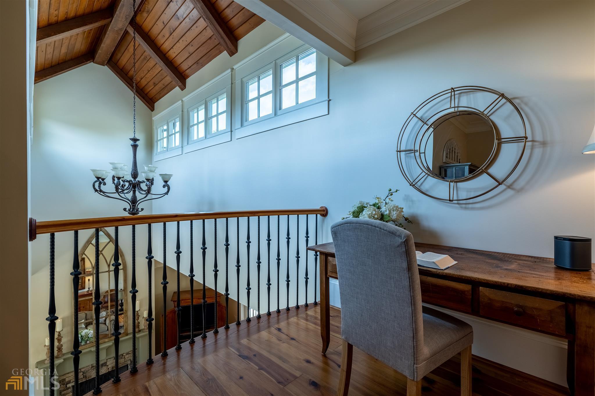 525 North River Road Property Photo 52