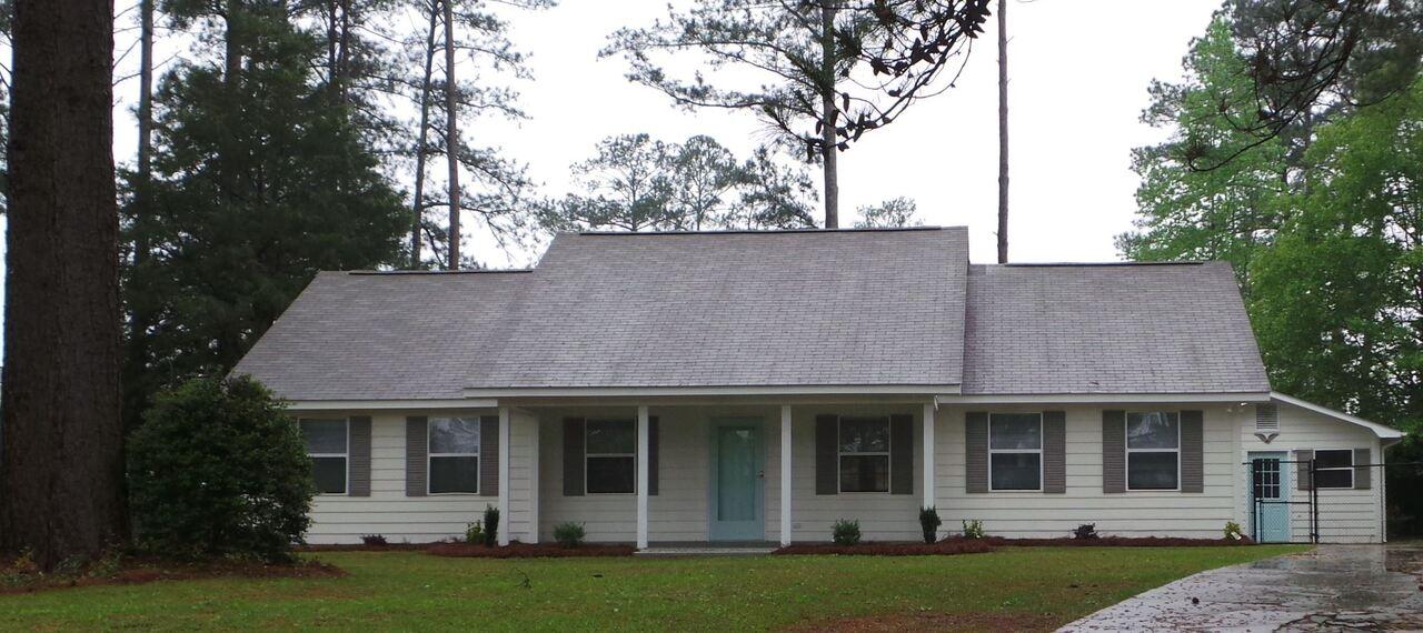 413 Forestside Circle Property Photo