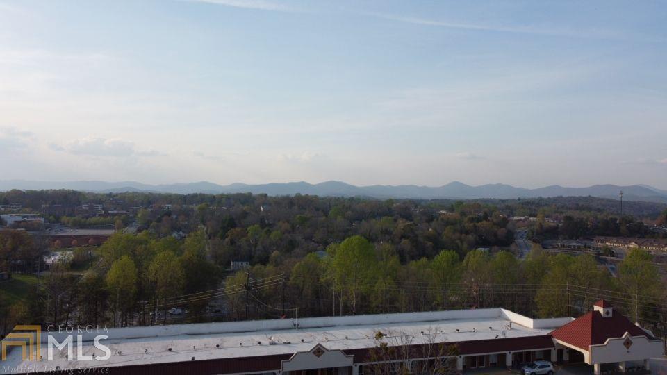20 Mountain Drive Property Photo