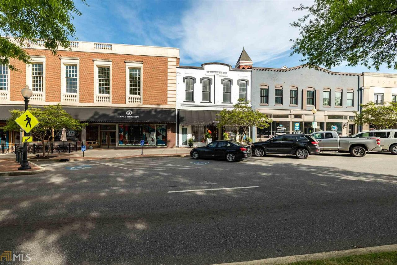 419 Broad Street Property Photo