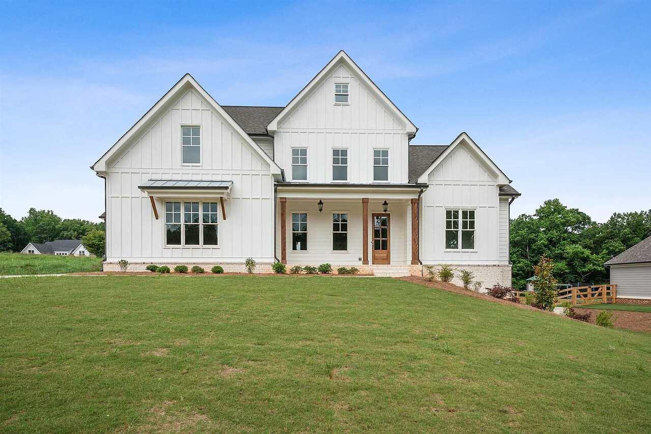 124 Creekview Lane Property Photo