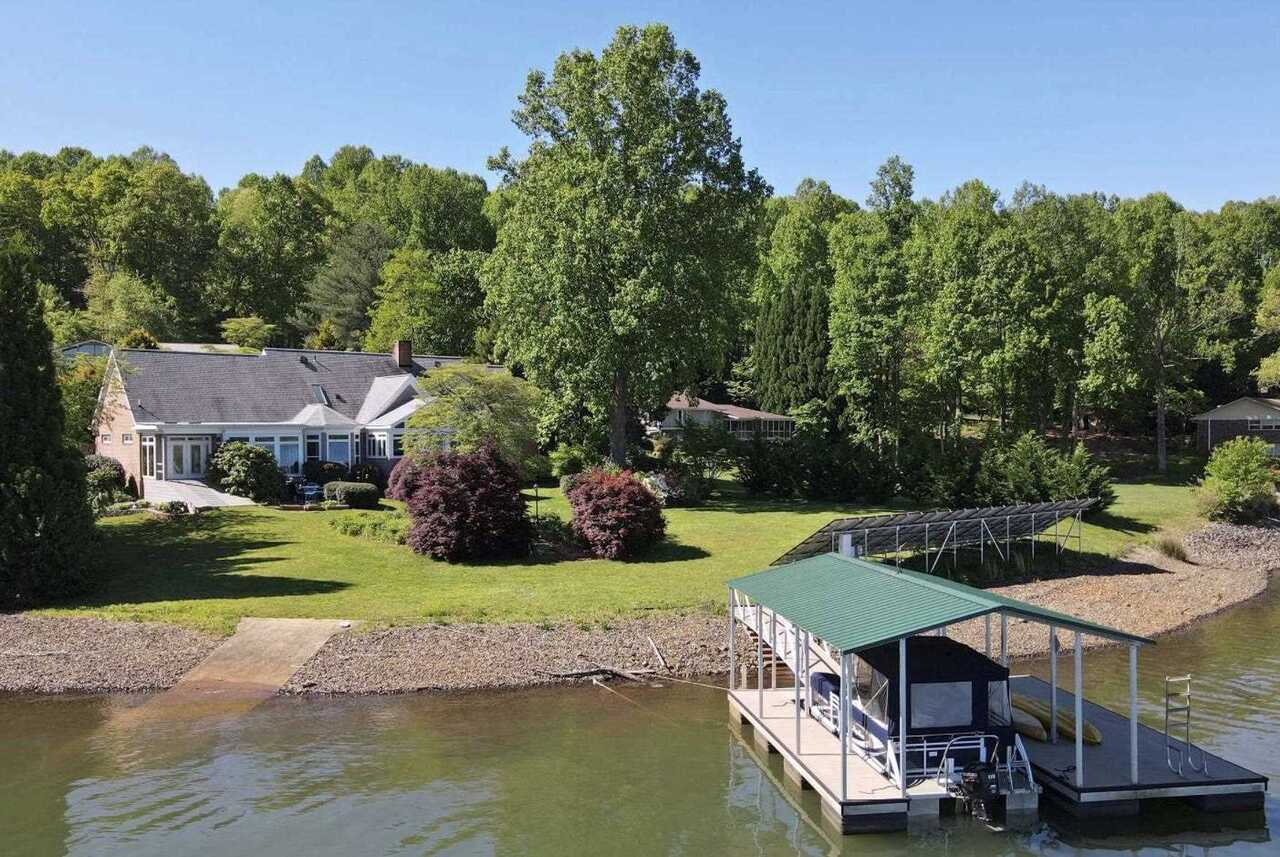 355 Lake Point Lane #14 Property Photo
