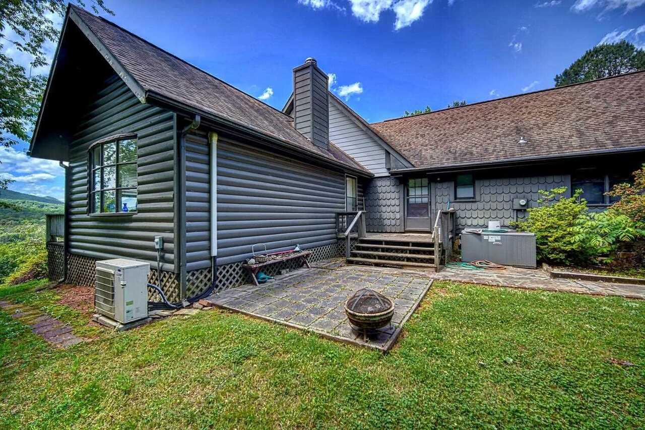 1587 Dove Hill Property Photo 26