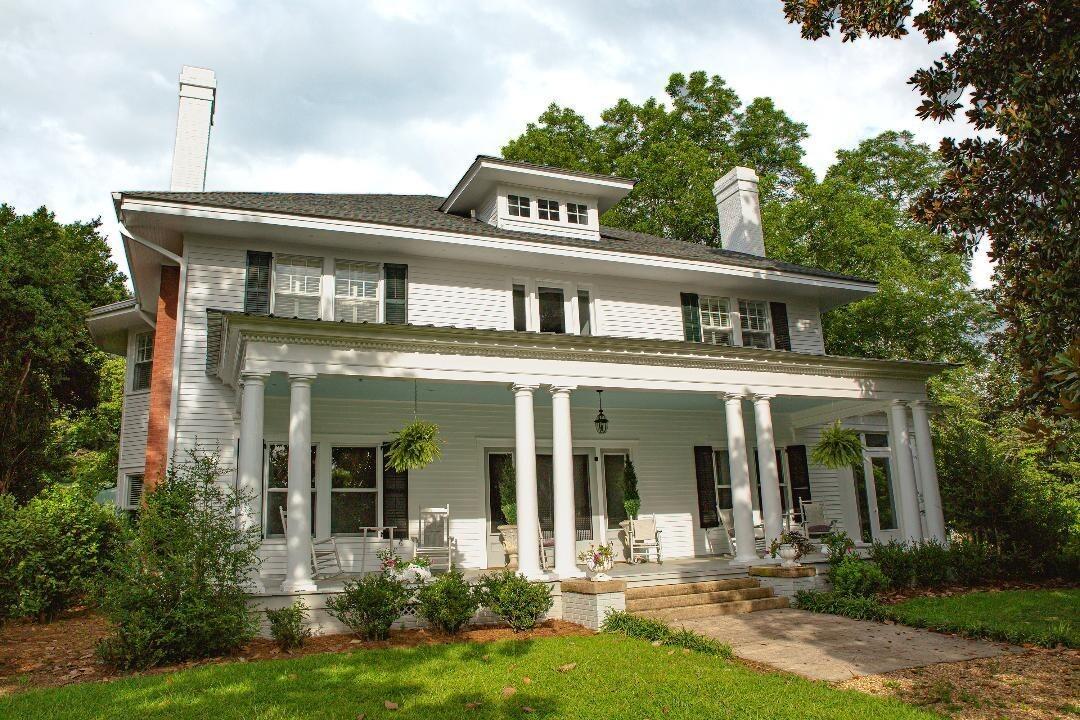 566 S Talbotton Street Property Photo