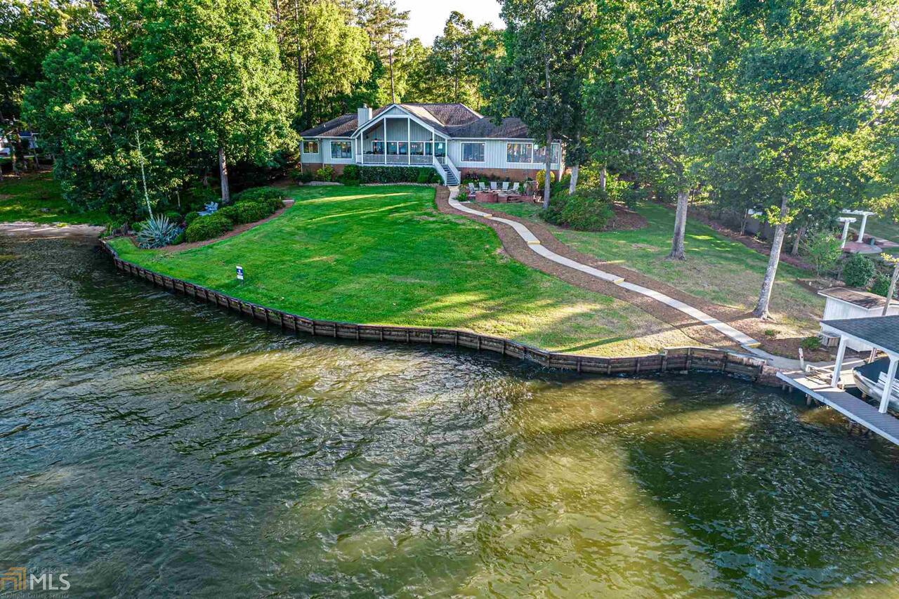 107 Live Oak Lane Property Photo