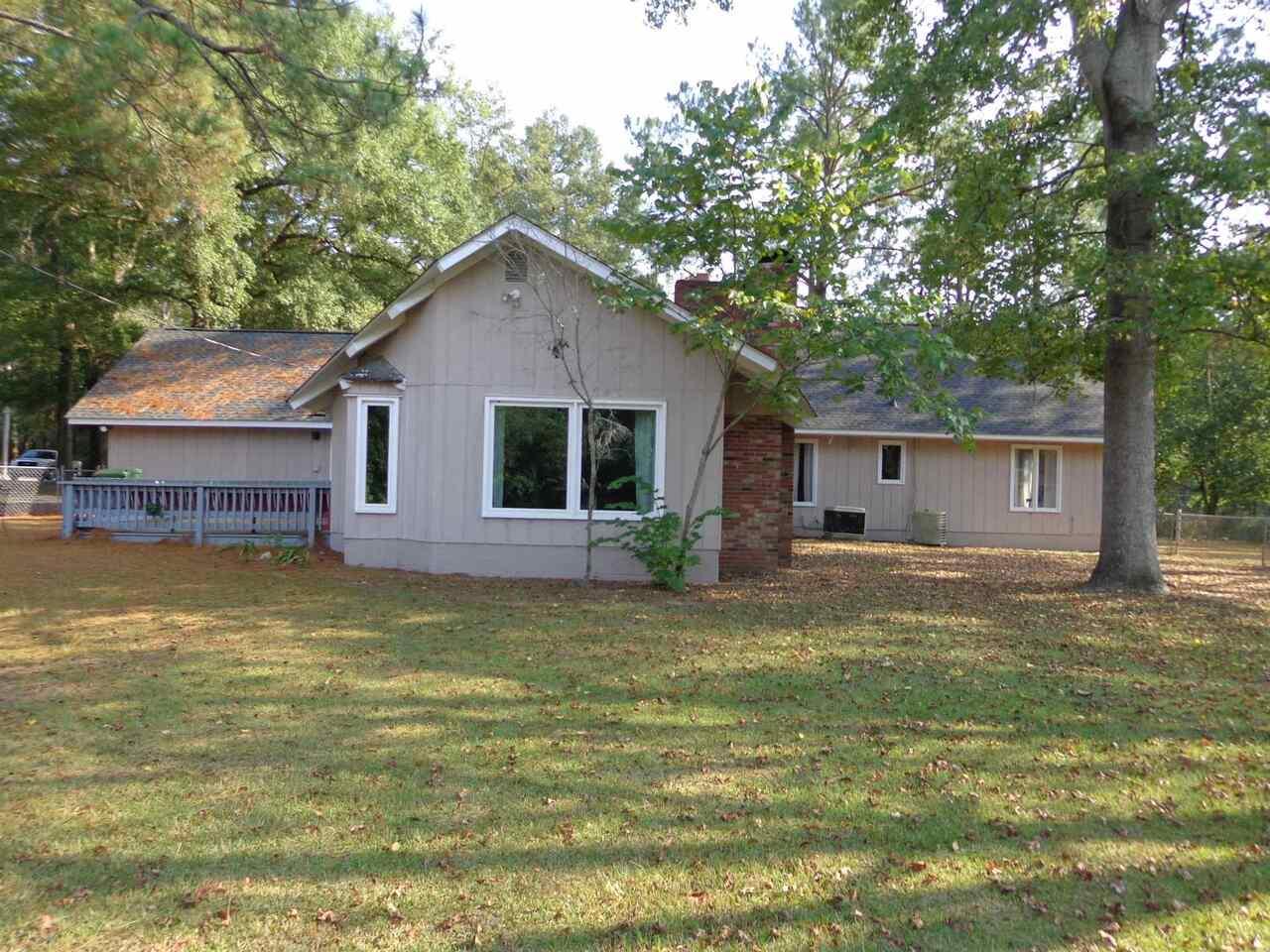 309 Avondale Drive Property Photo 4