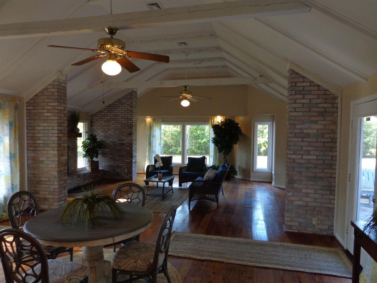 309 Avondale Drive Property Photo 6