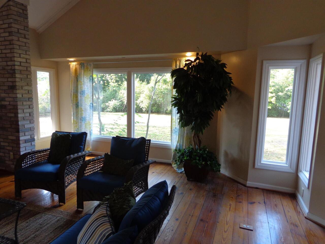 309 Avondale Drive Property Photo 9