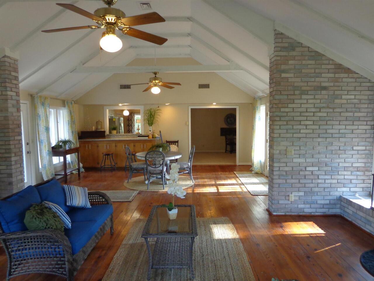 309 Avondale Drive Property Photo 12