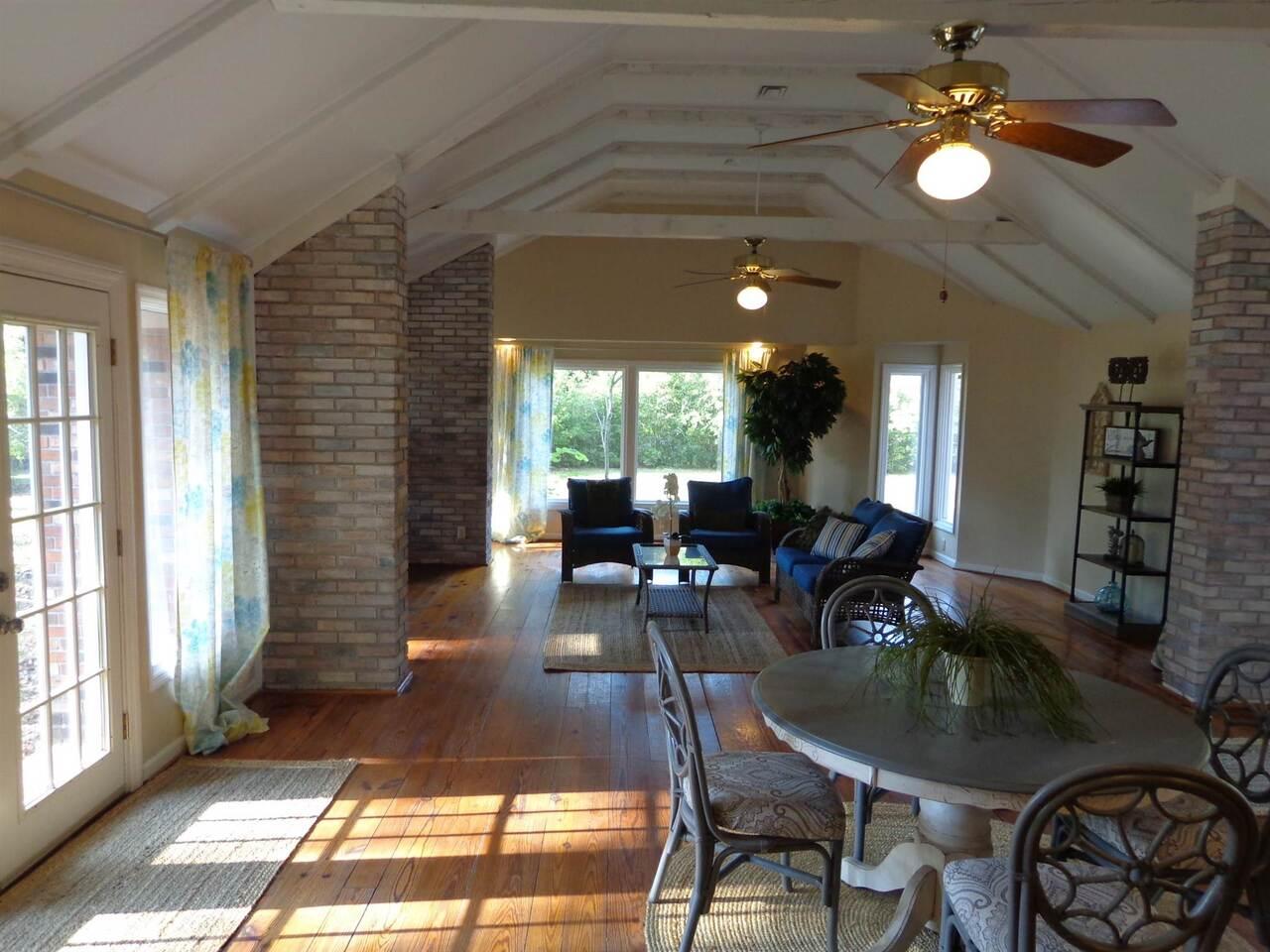 309 Avondale Drive Property Photo 15
