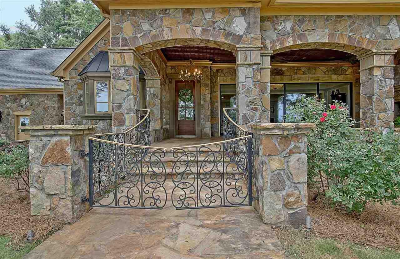 83 Vaughn Road Property Photo 9
