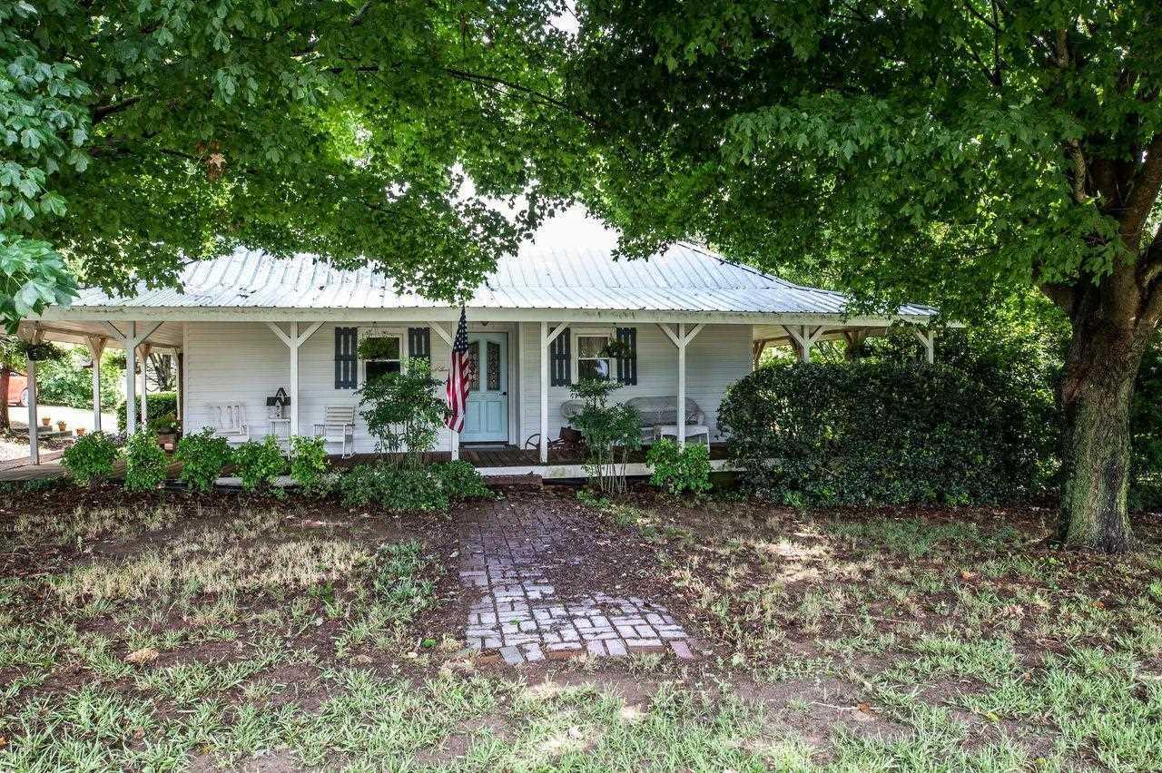 1135 Rogers Street Property Photo