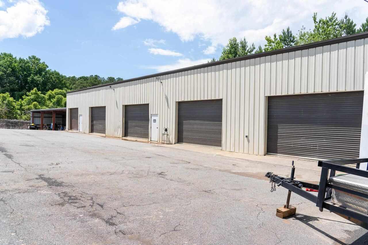 6437 Highway 92 Property Photo 2