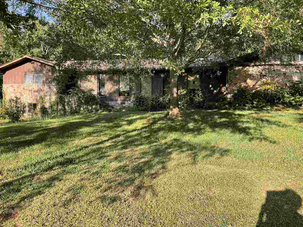 3535 County Line Road Property Photo