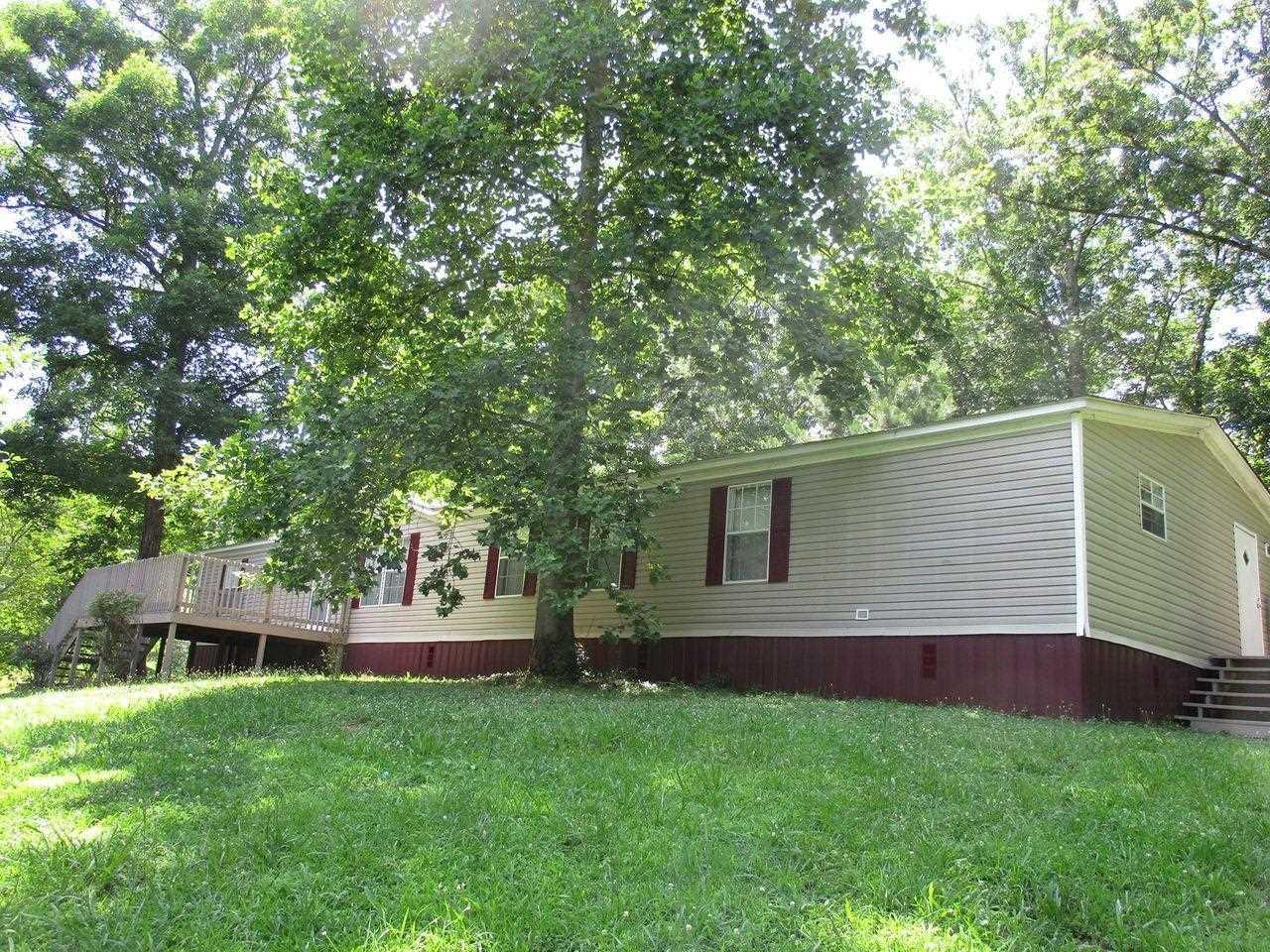 135 Red Oak Way Property Photo
