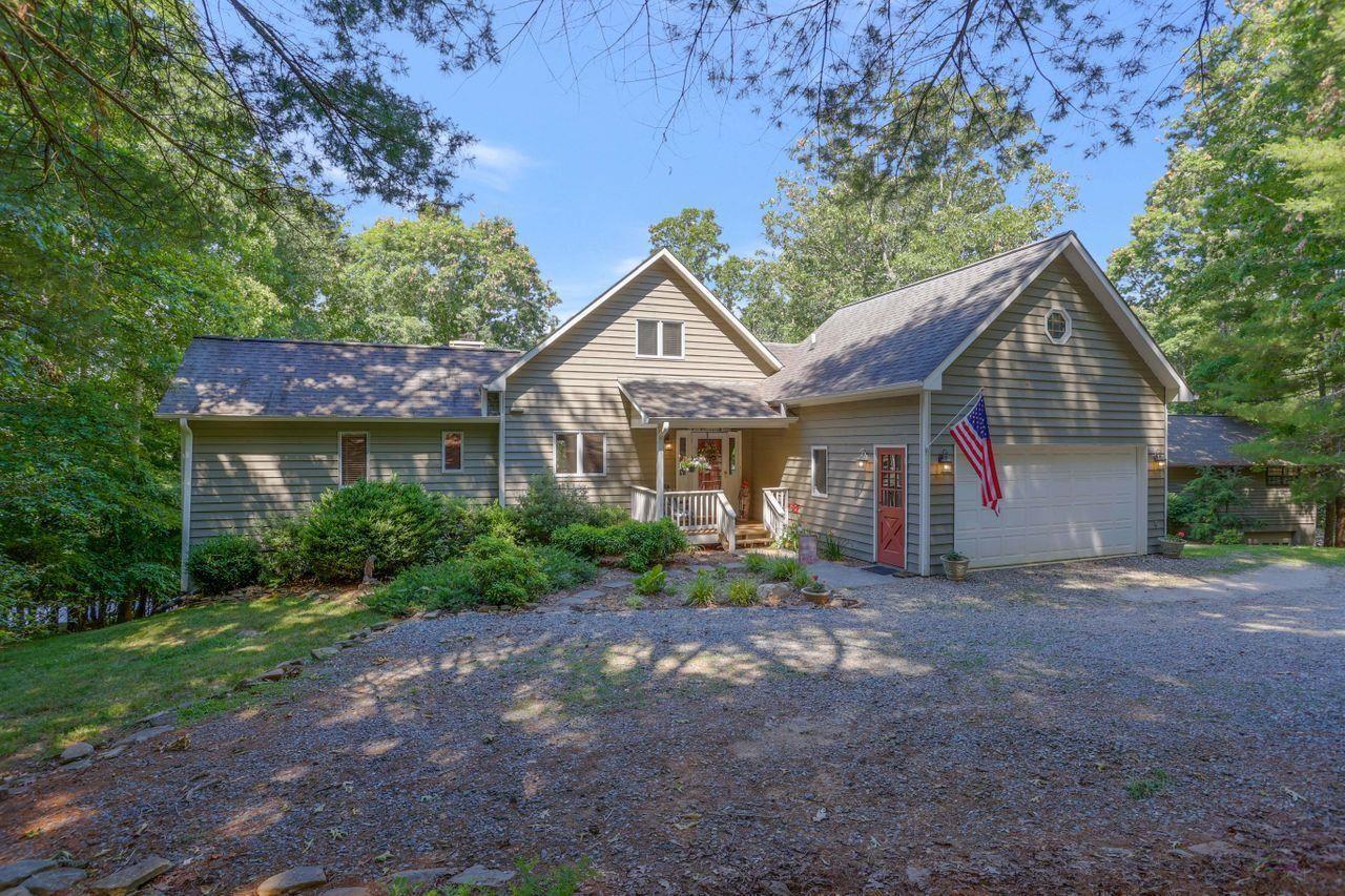 196 Lake Shore Drive Property Photo