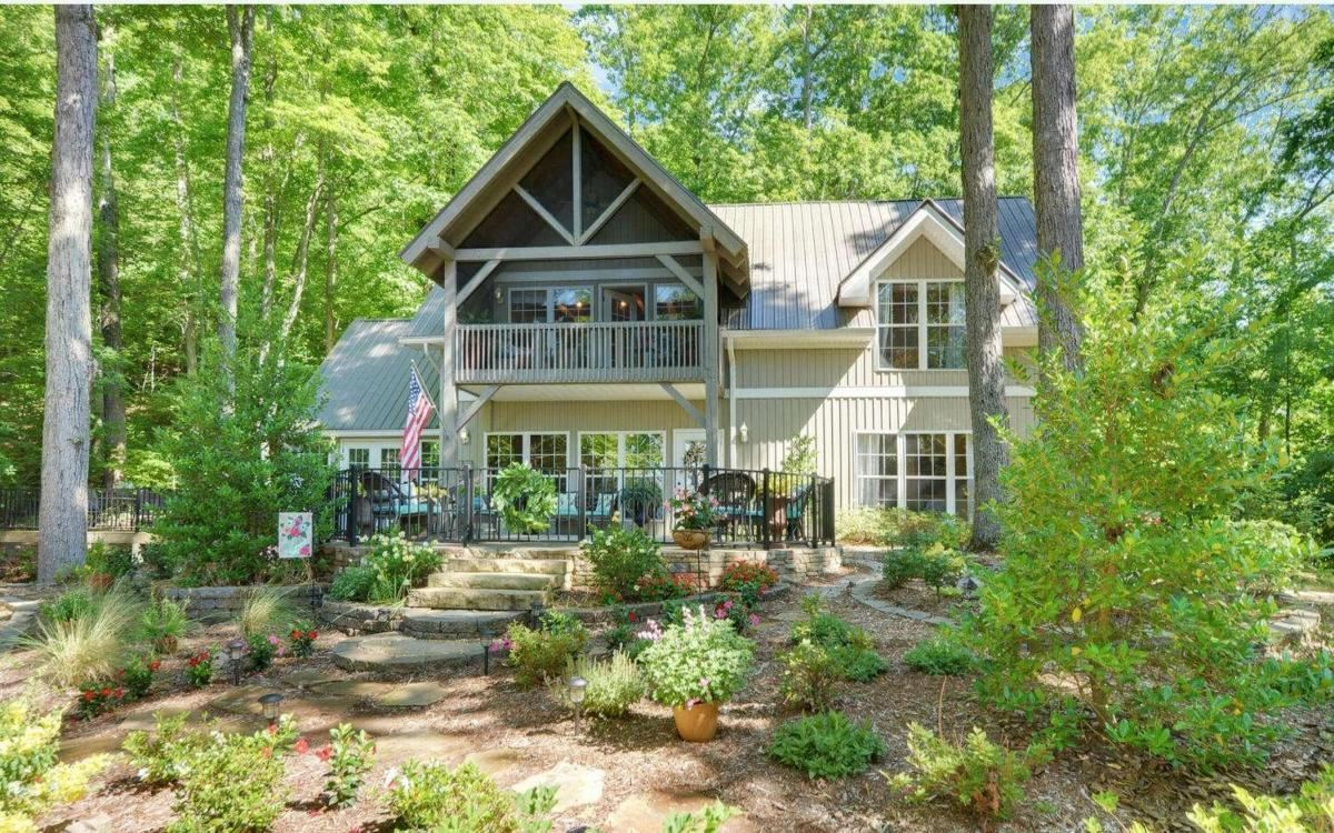 215 Sims Road Property Photo