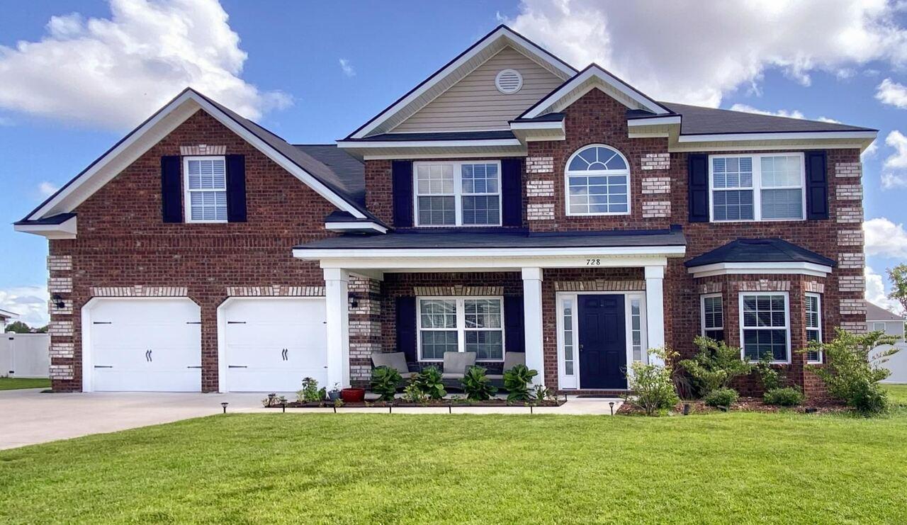 728 English Oak Drive Property Photo