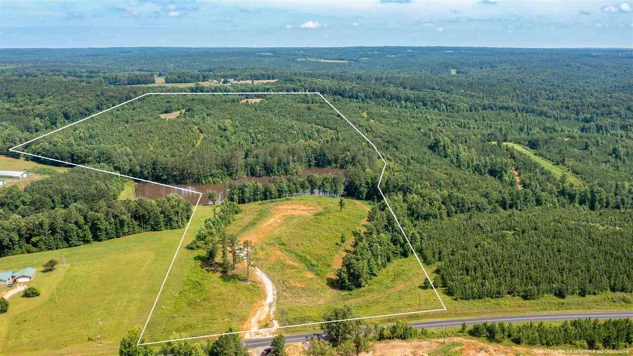 1400 Notnomis Road Property Photo