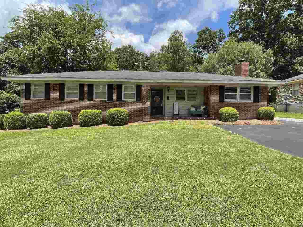 337 Daniel Street Property Photo