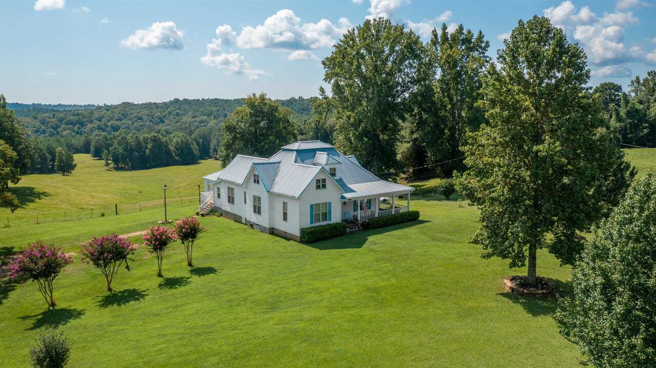 3829 Red Land Road Property Photo