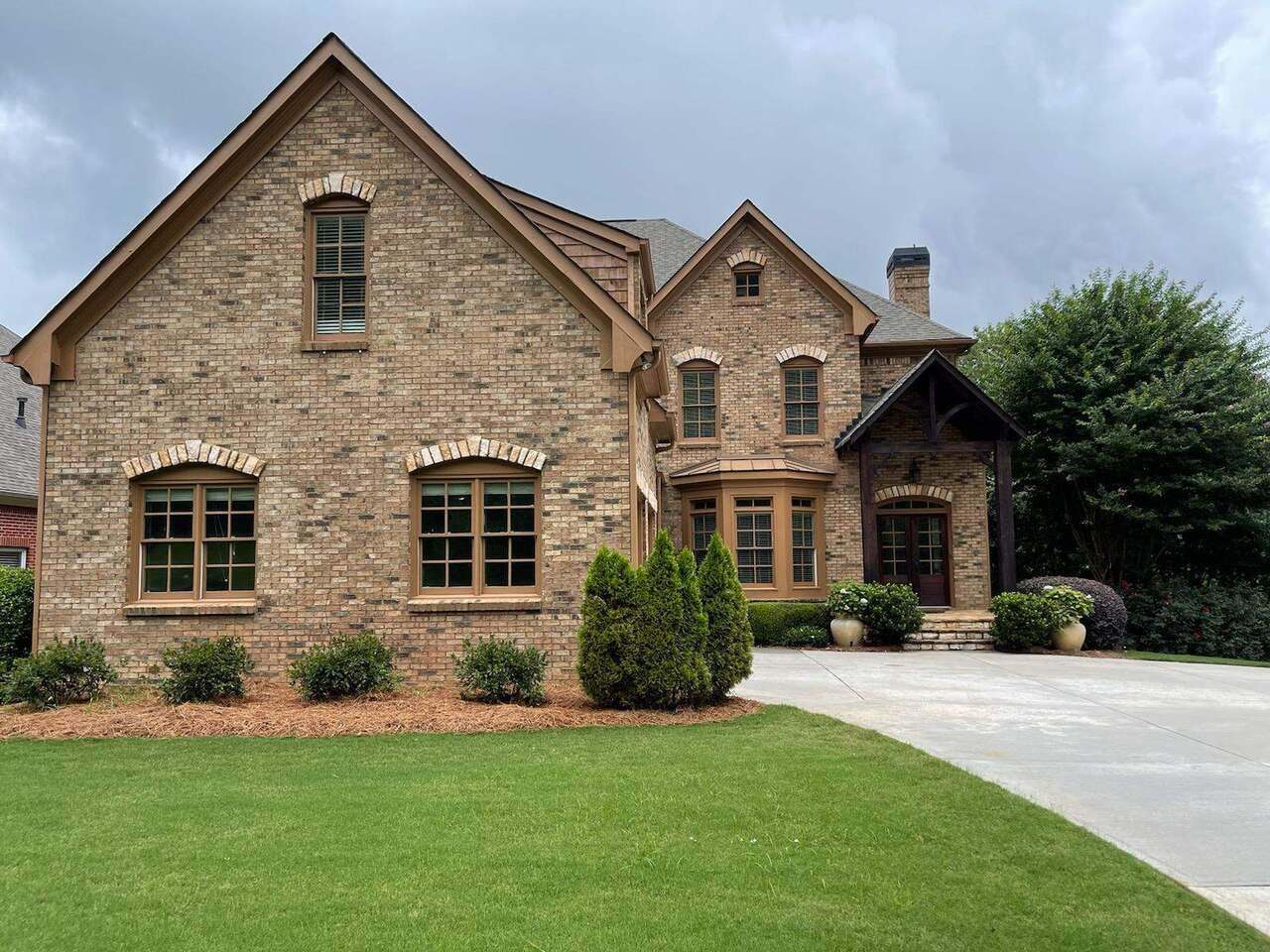 100 Waters Lake Lane Property Photo