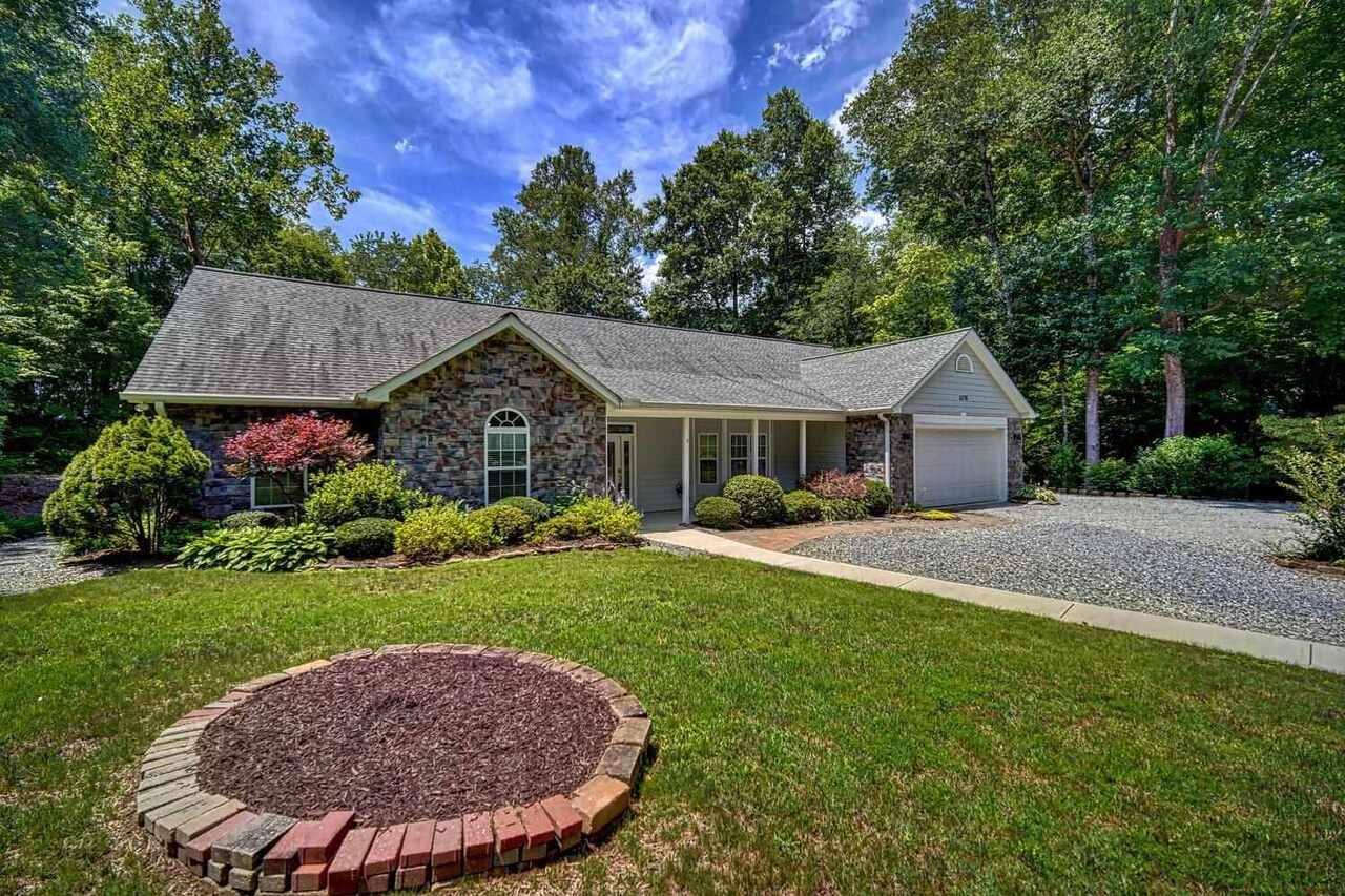 5376 Pine Crest Road #27 Property Photo