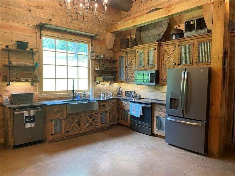 457 Arlington Way Property Photo 31
