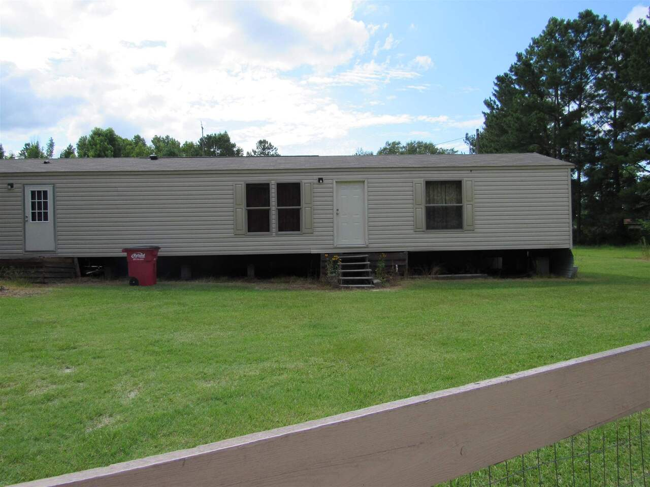 113 Riverview Road Property Photo