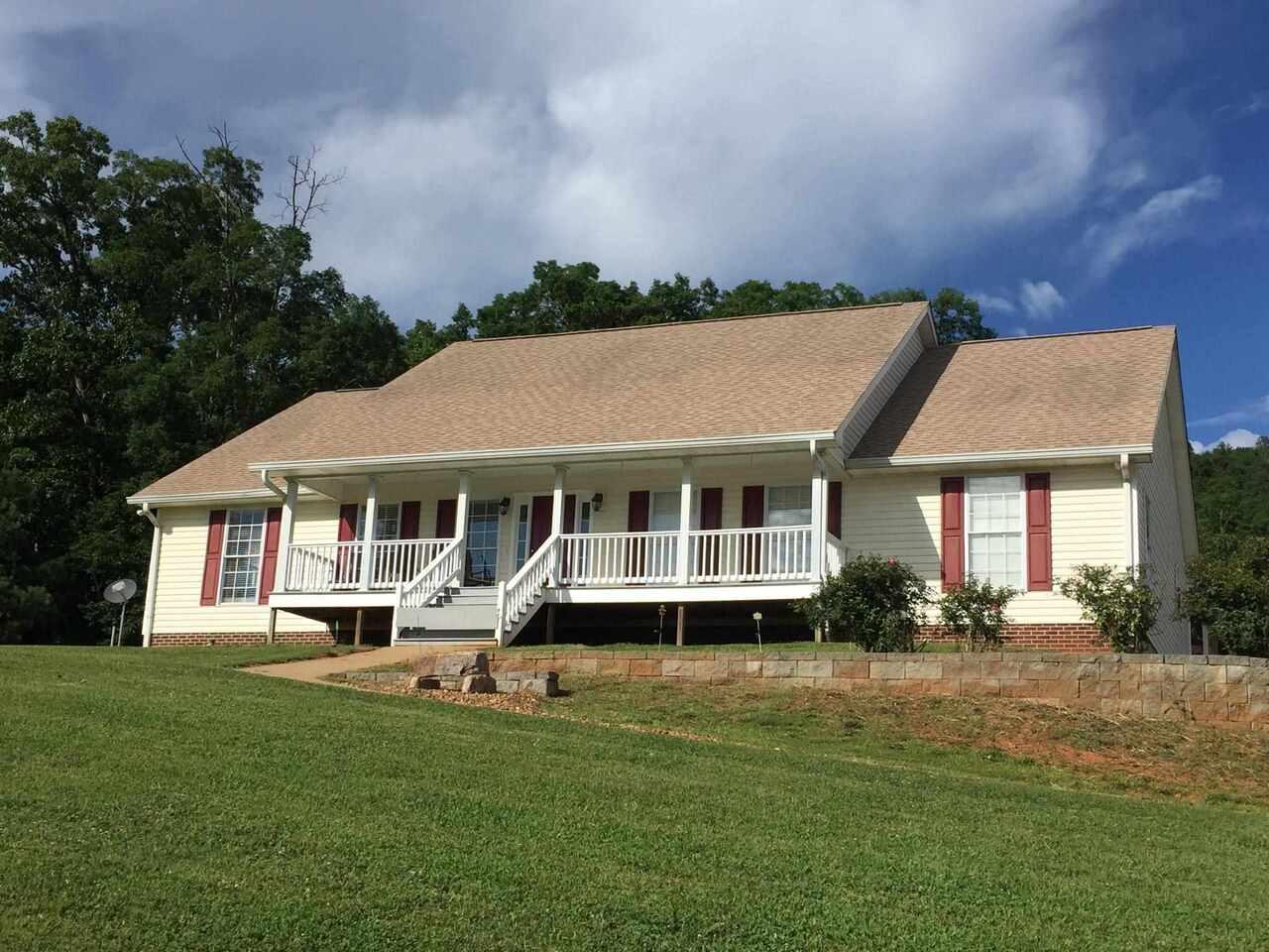 996 Haywood Valley Road #6 Property Photo