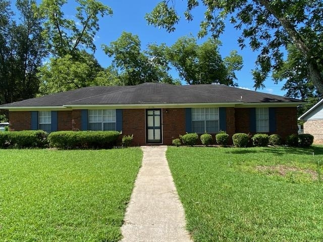 2106 Techwood Drive Property Photo
