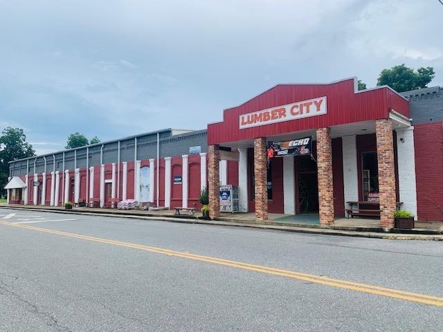 15 Main Street Property Photo