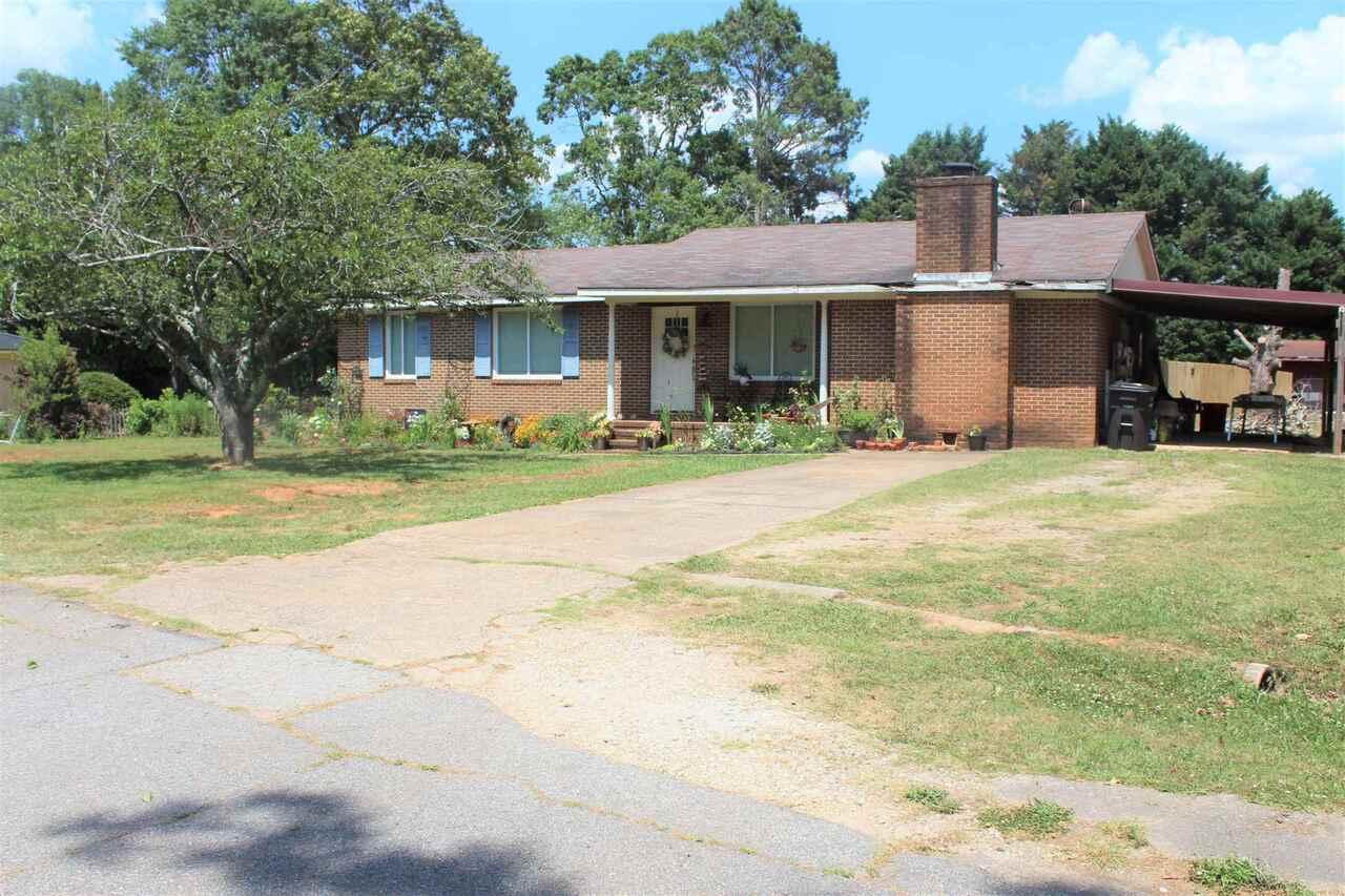 909 E Sheraton Drive Property Photo